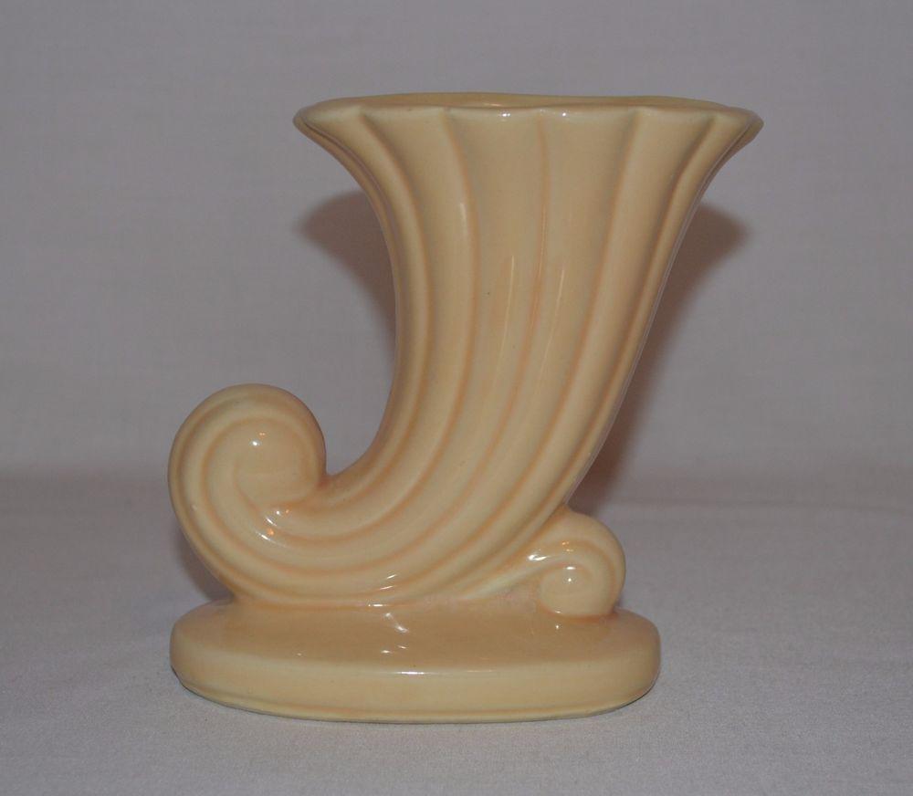 Vintage usa pottery yellow beige cornucopia horn flower vase vintage usa pottery yellow beige cornucopia horn flower vase planter mantle reviewsmspy