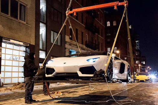 Watch These Lamborghiniu0027s Sore Above New York (VIDEO