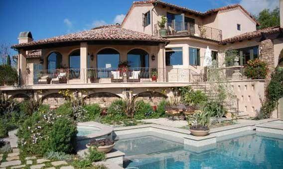 Singer Glen Campbell sells Malibu home | Glen campbell and Celebrity ...