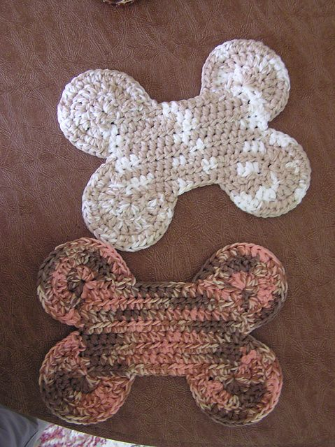 Ravelry Dog Bone Potholder Pattern By Andrea Wallace Crochet Dog Crochet Dog Clothes Potholder Patterns