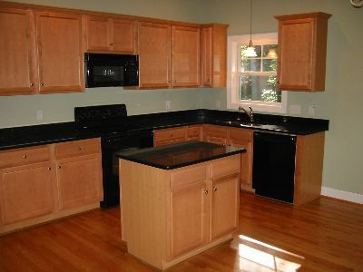maple kitchen cabinets with granite countertops granite countertops with maple cabinets 23051