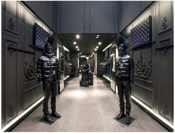 moncler amsterdam opening hours