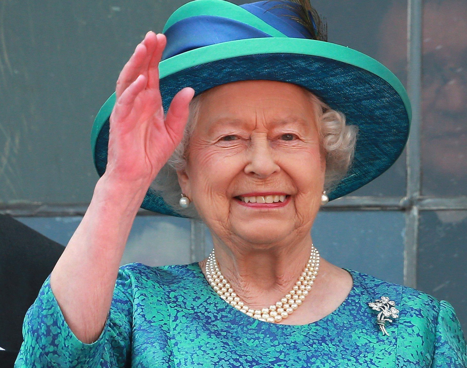 The 1 Nail Polish Color Kate Middleton And Meghan Markle Are Allowed To Wear According To The Queen The Cheat Sheet Queen Elizabeth Elizabeth Ii Her Majesty The Queen