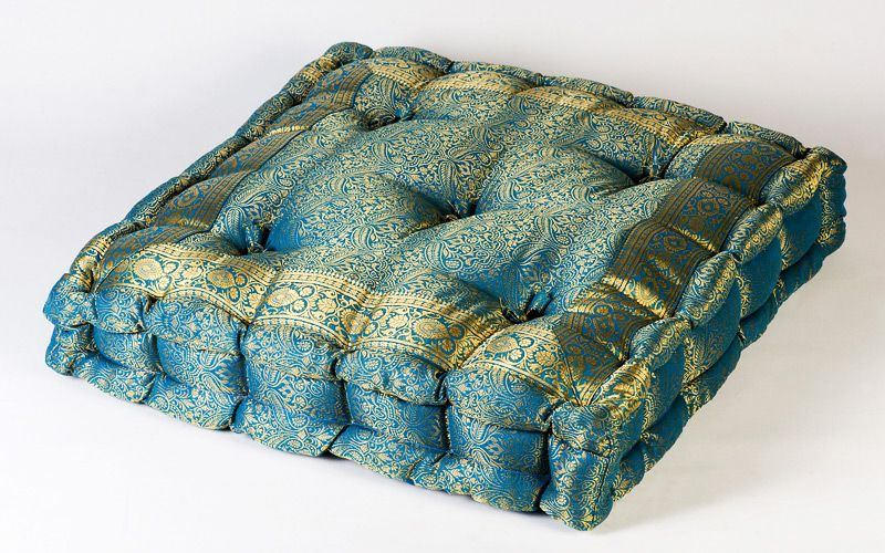 sari pillows | Sari Box Pillows - Buy Large Pillows & Floor Cushion ...