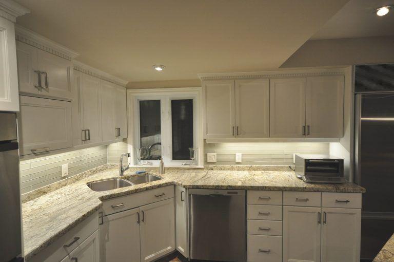 Led Lights In Kitchen Cabinets Kitchen Under Cabinet Lighting