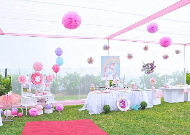 Fiesta de cumplea os unicornios en peru fiestas de for Decoracion para pared de unicornio