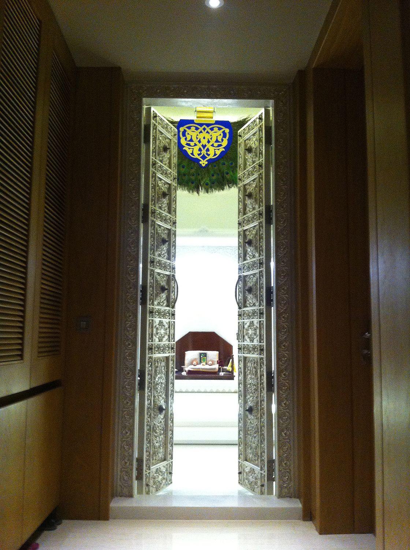The Solitaire Punkah Peacock Swinging Ceiling Fan At Temple Inside Private Villa In Dubai