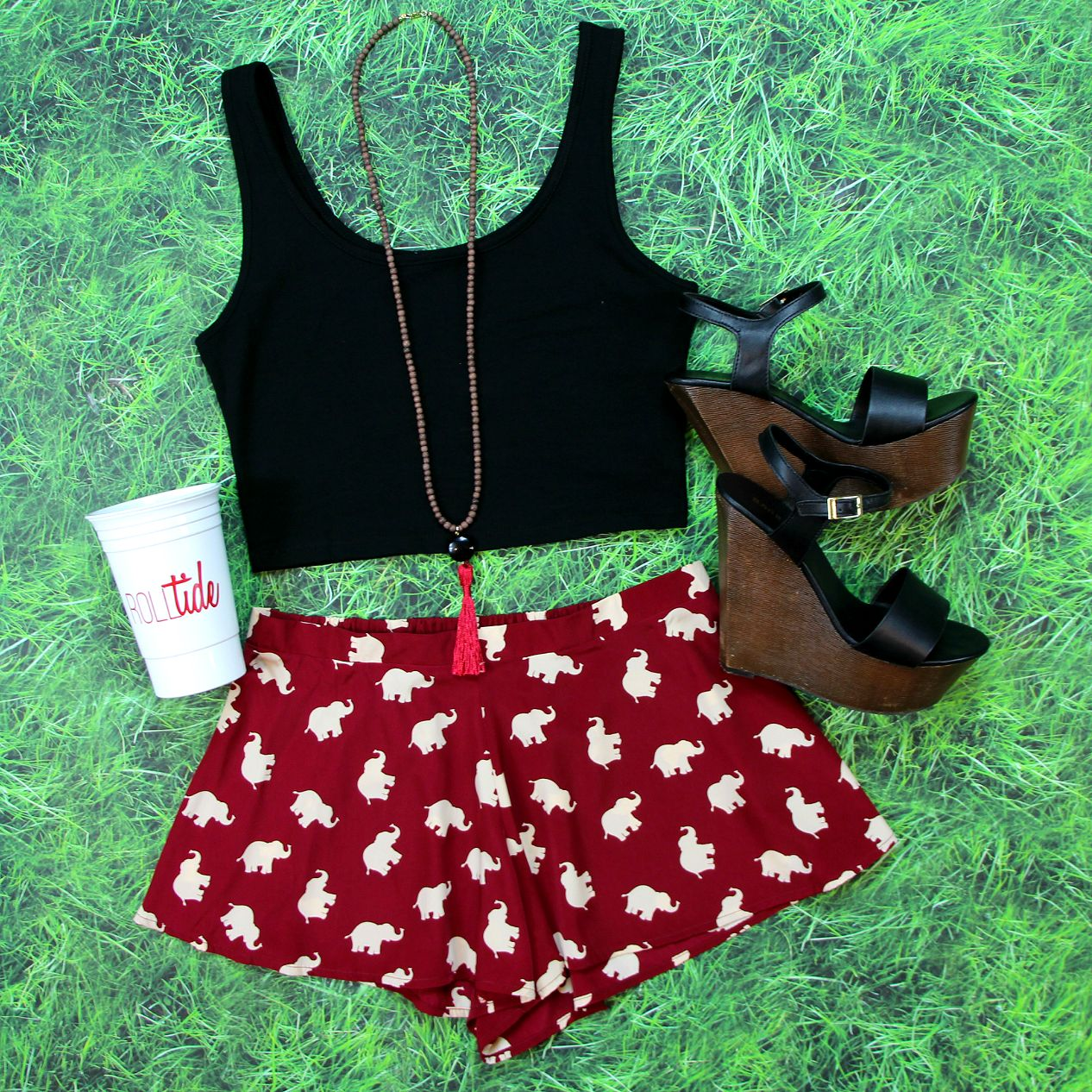 These Elephant Print Shorts in Burgundy are just $35! Shop them at Entourage before they're gone!
