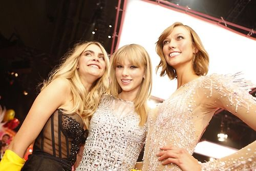 Cara Delevigne , Taylor Swift and Karlie Kloss