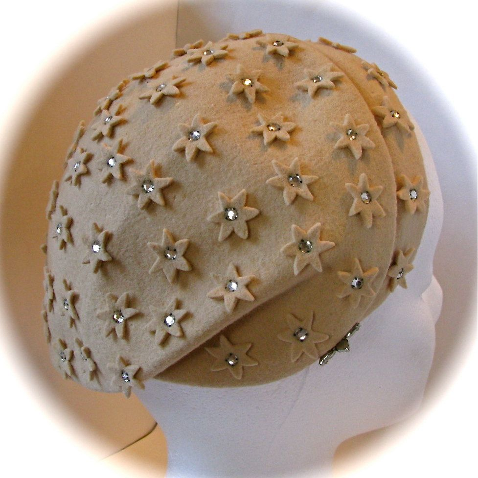 Vintage 1950s Celestial Rhinestone JULIET CAPULET HAT Cut Out Stars Hampshire 100% Wool by StepInTime on Etsy