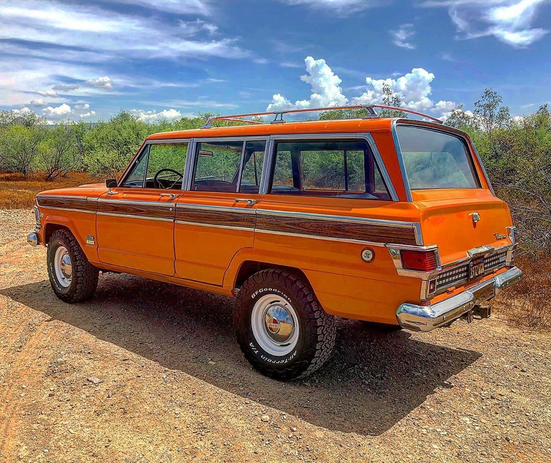 Pin By Christian On Jeep In 2020 Vintage Jeep Jeep Wagoneer Jeep