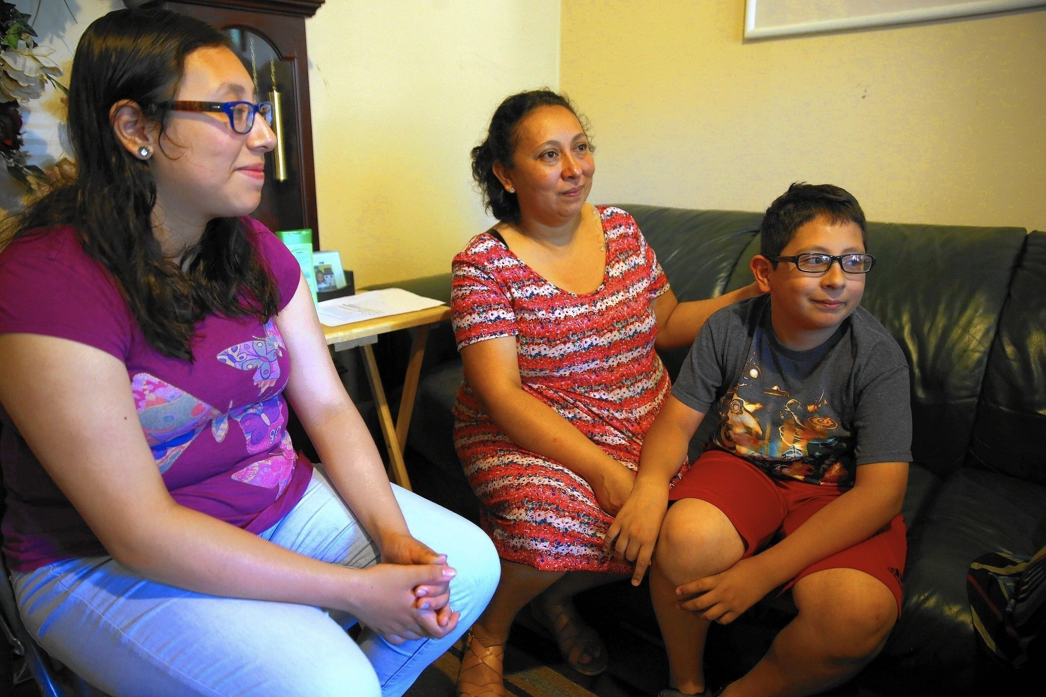 #Autism advocates hope new budget will restore services - http://www.chicagotribune.com/news/ct-illinois-budget-autism-funding-met-20160705-story.html #livingautismdaybyday #support