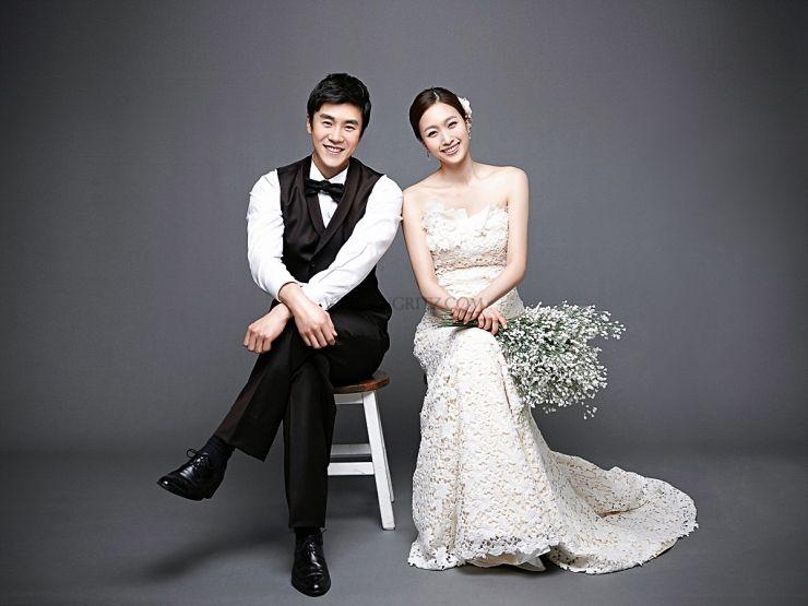 Wedding photography studio  40+ Korean Romantic Pre-Wedding Theme Photoshoot Ideas   Pre ...