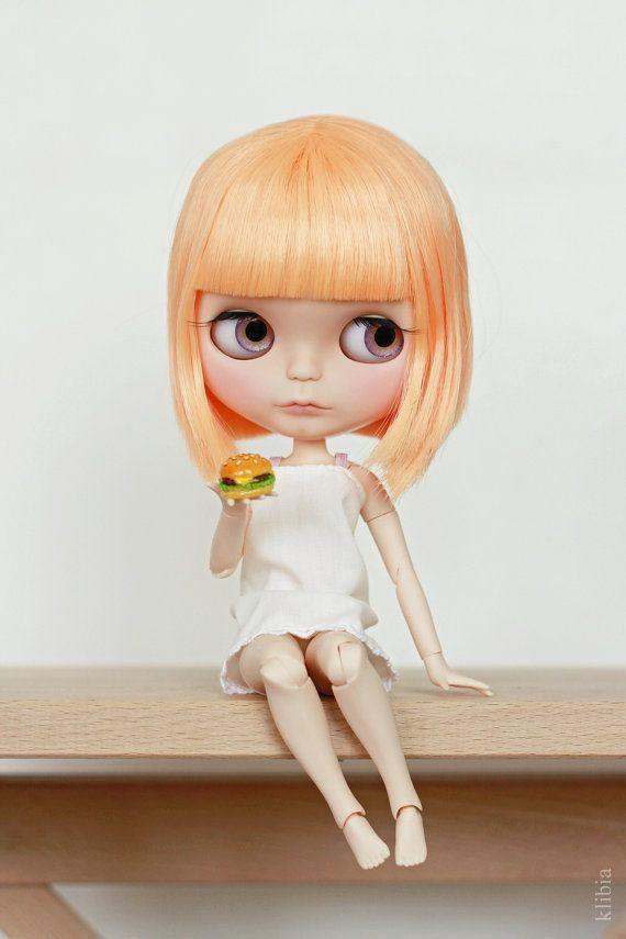 Custom Blythe doll - Daisy