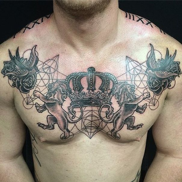 Crown tattoo on chest tattoos pinterest tatuajes for Crown chest tattoo