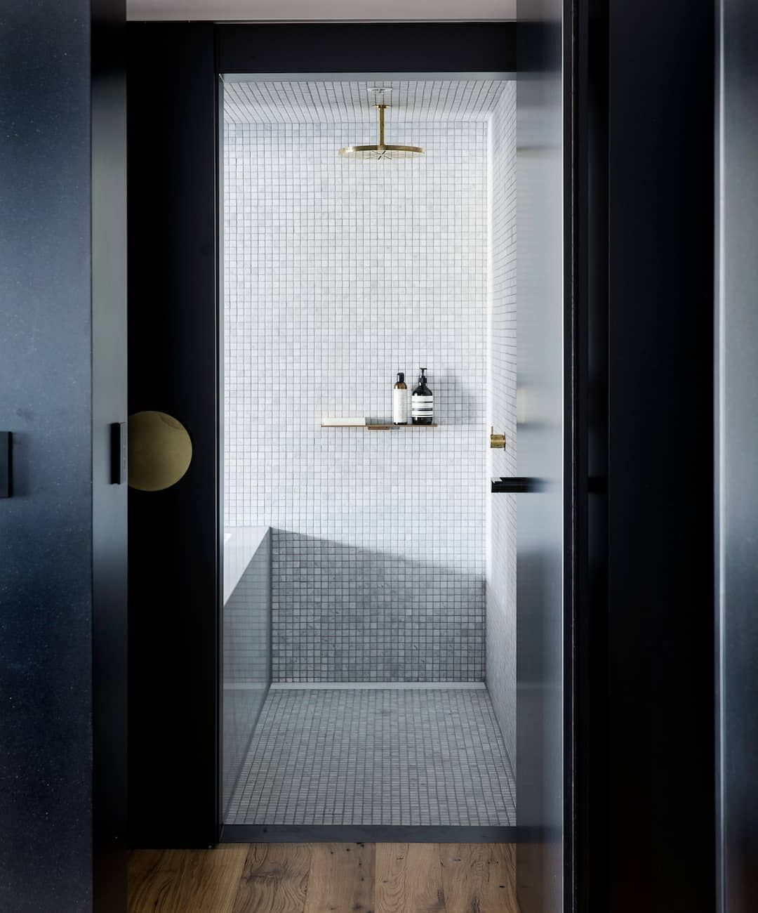 1 928 Likes 10 Comments Unforgettable Spaces Amp Design Est Living On Instagram Bathroom