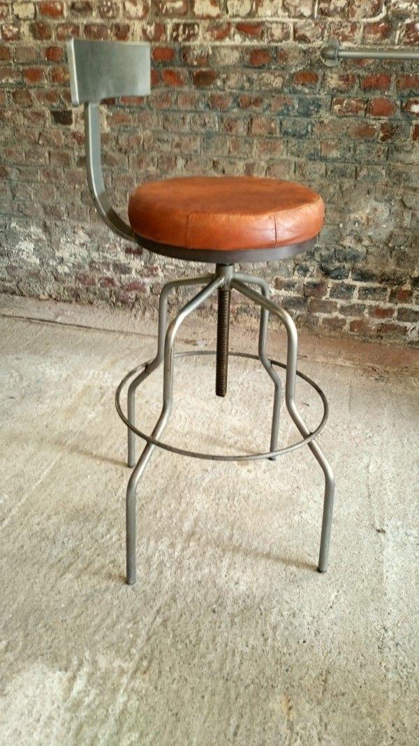 tabouret de bar avec dossier bois de grange et fer pinterest bar stools stool et. Black Bedroom Furniture Sets. Home Design Ideas
