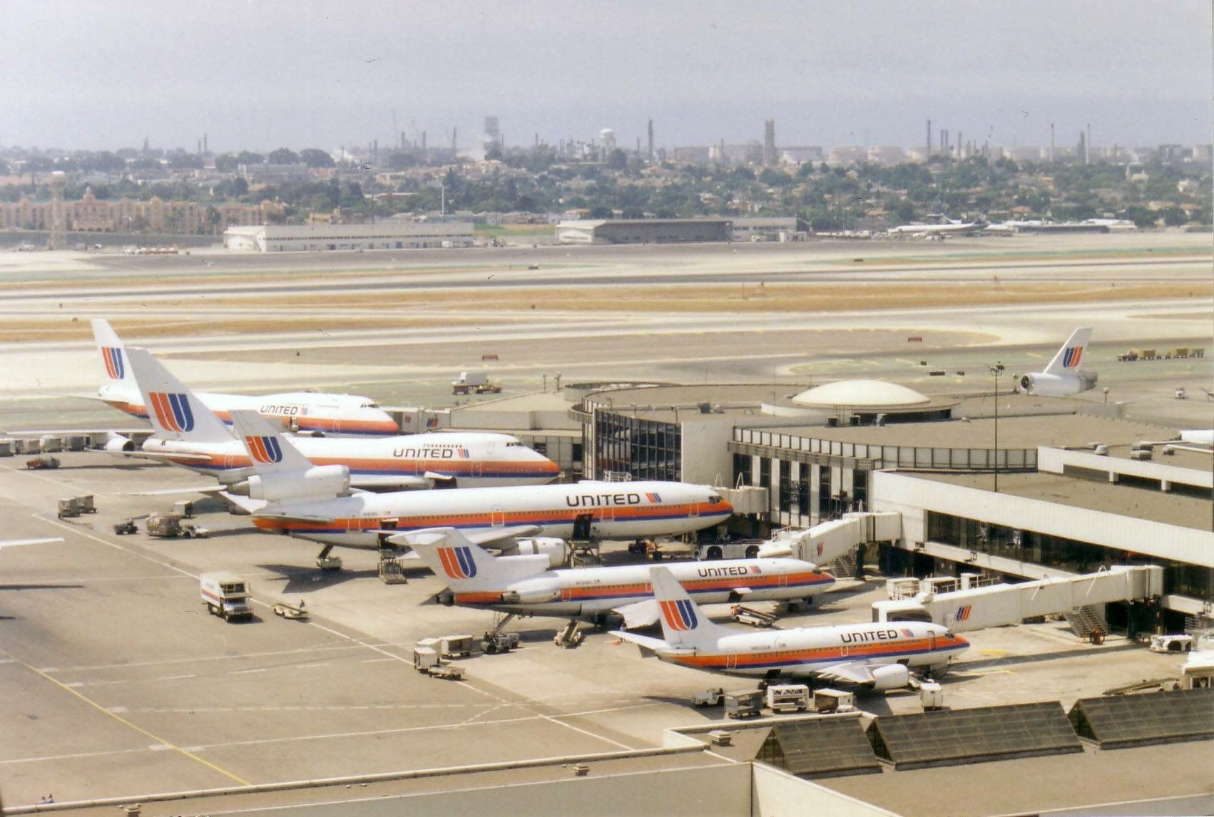 Memories United At Los Angeles International Airport Lax United Airlines Republic Airlines United Air