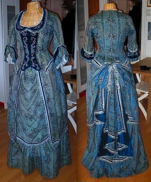 Christine Daae Dressing Gown: Christine Daae's Wishing Gown