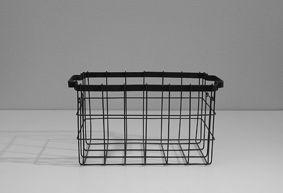 cassettina in ferro con manici. 37x19xh.20