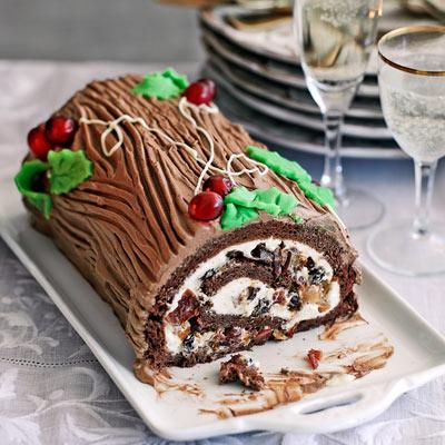 Heston's chocolate Christmas cake