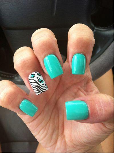 Zebra and Mint Green Turquoise Nail Art #nails #nailart #zebra #animalprint