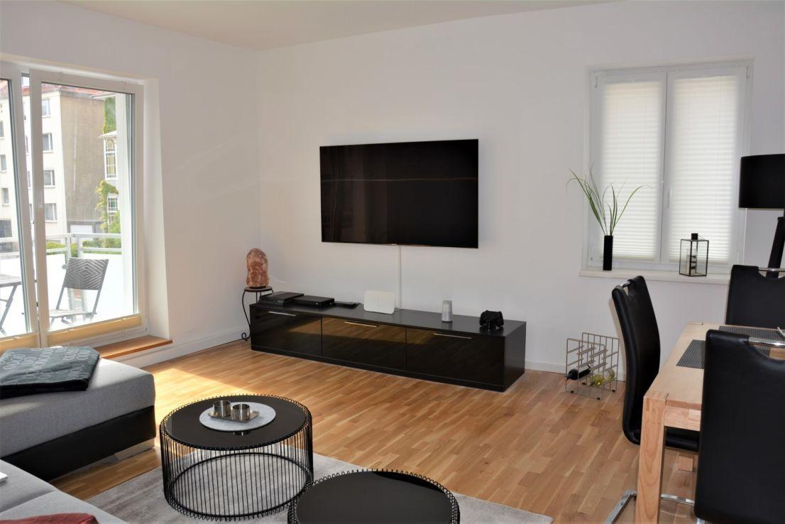 Sudstadt Moderne 2 Zimmer Wohnung In Bevorzugter Lage Mit Balkon 2 Zimmer Wohnung Wohnung Etagenwohnung