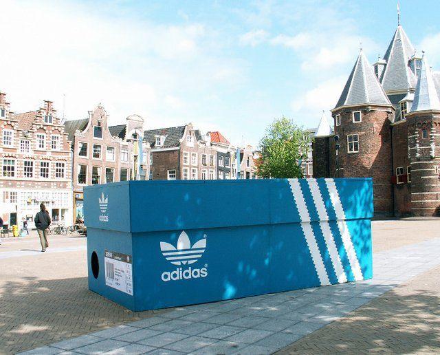Adidas Originals Pop Up stunt Amsterdam | Street marketing
