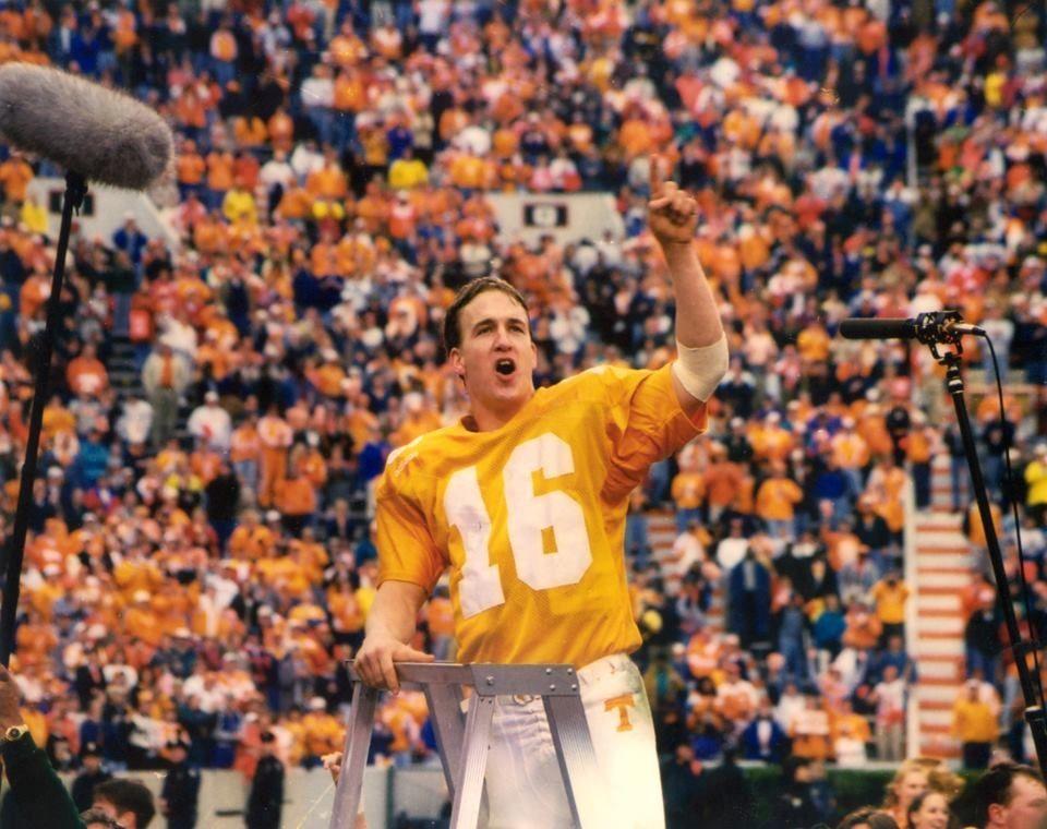 Peyton Manning Peyton manning, Tennessee football, Peyton