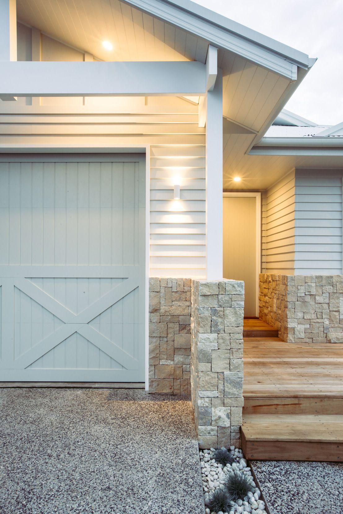 10 Blindsiding Cool Tips Chic Coastal Decor Coastal Crafts Bathroom Coastal Office Dreams Coasta Hamptons House Exterior Weatherboard House Garage Door Colors