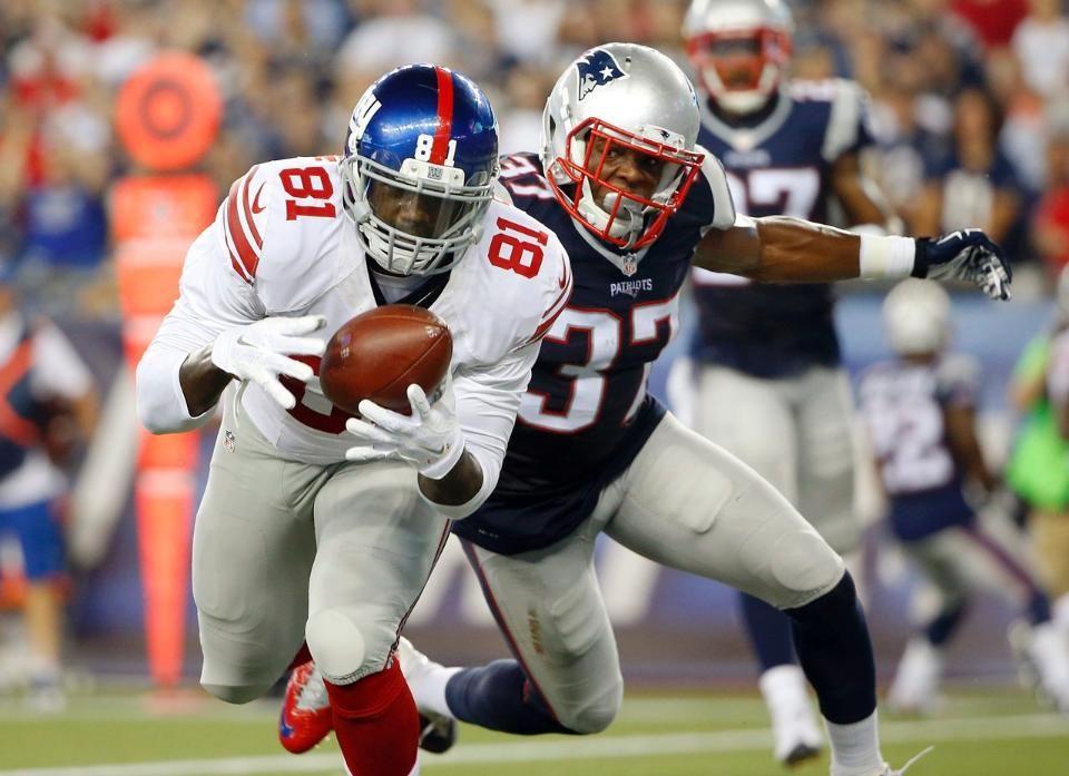 Preseason Week 4 Giants vs. Patriots - Giants TE Adrien Robinson runs away from New England Patriots DB Jordan Richards