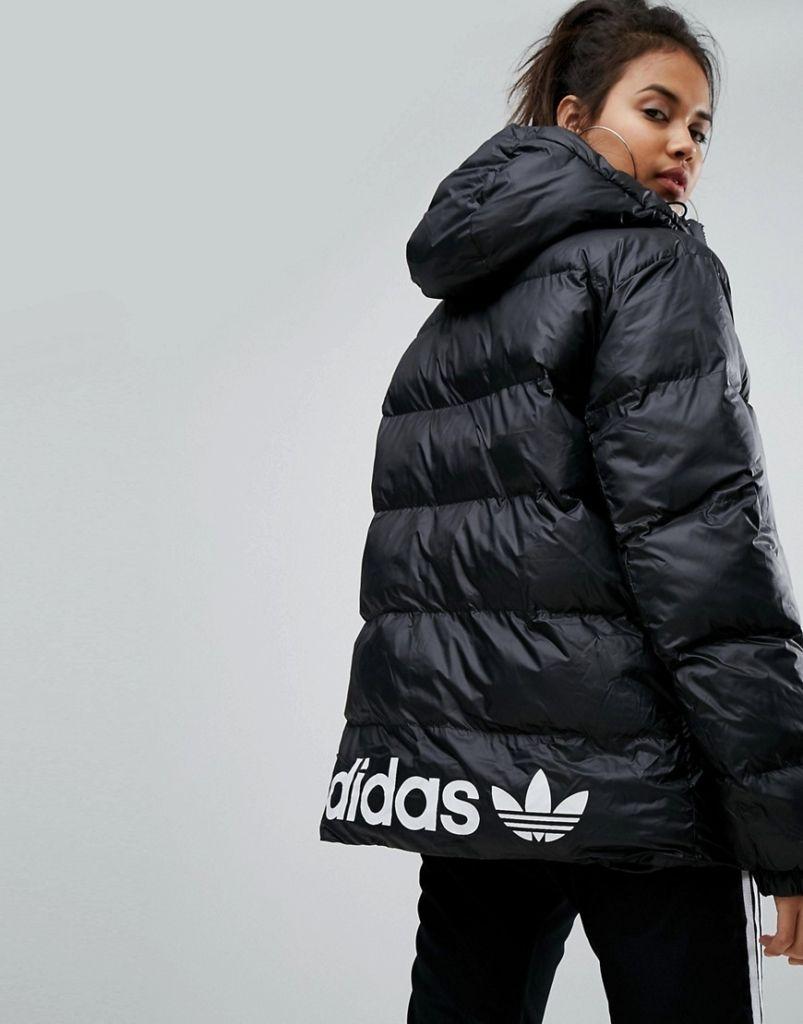 Damen adidas Originals – Wattierte Oversize Jacke mit Kapuze