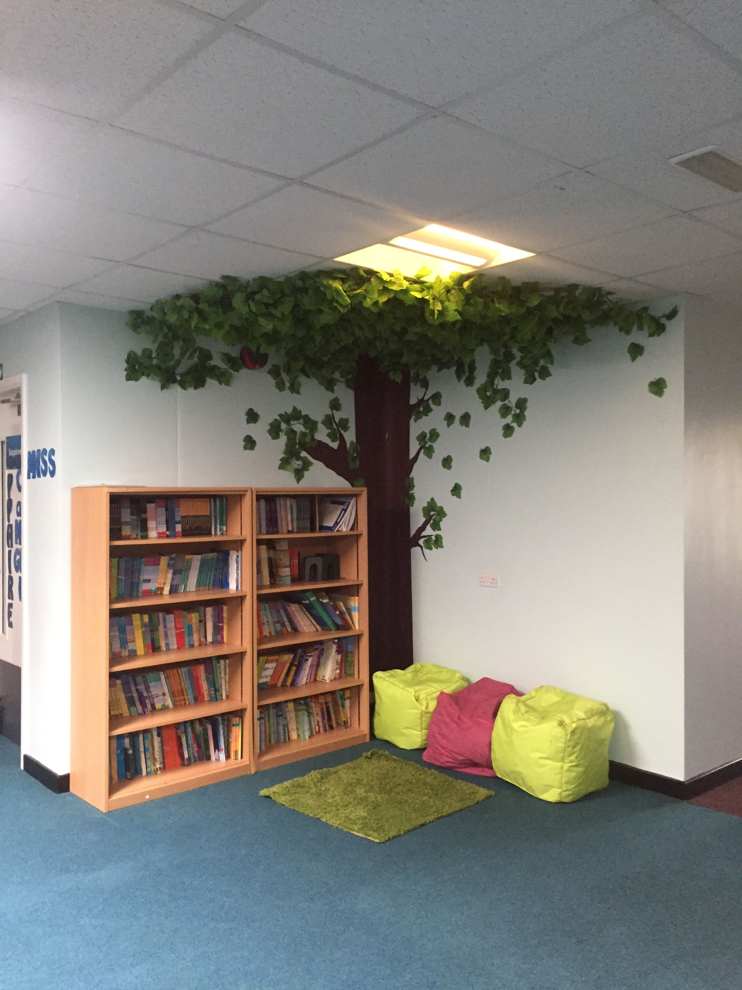 Ks2 Reading Corner Book Corner Primary School Reading Book Corner