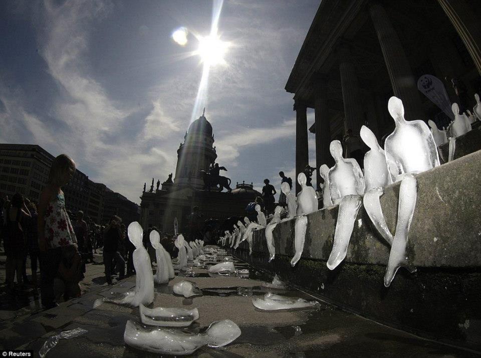 Esculturas hielo contra el cambio climático   ArtE    Instalaciones ...