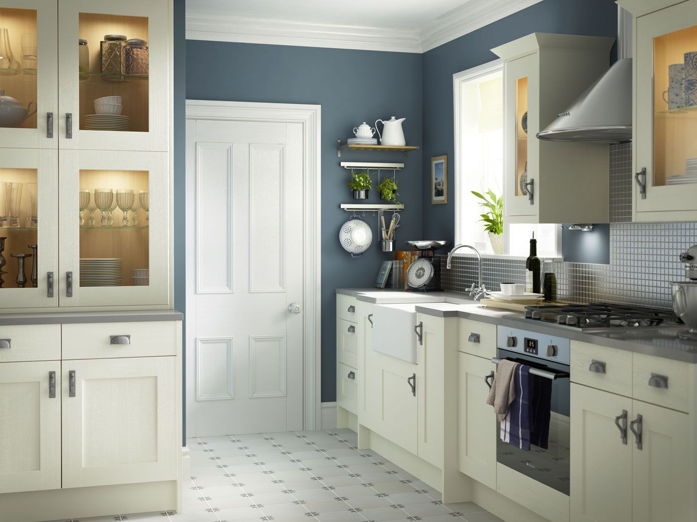 Carisbrooke Ivory Blue kitchen walls, Heritage kitchen