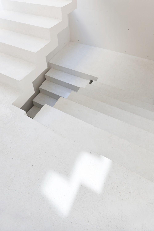 Esplanada Studio   Lomas de Chapultepec, Mexico   Tatiana Bilbao & at103   photo by Iwan Baan