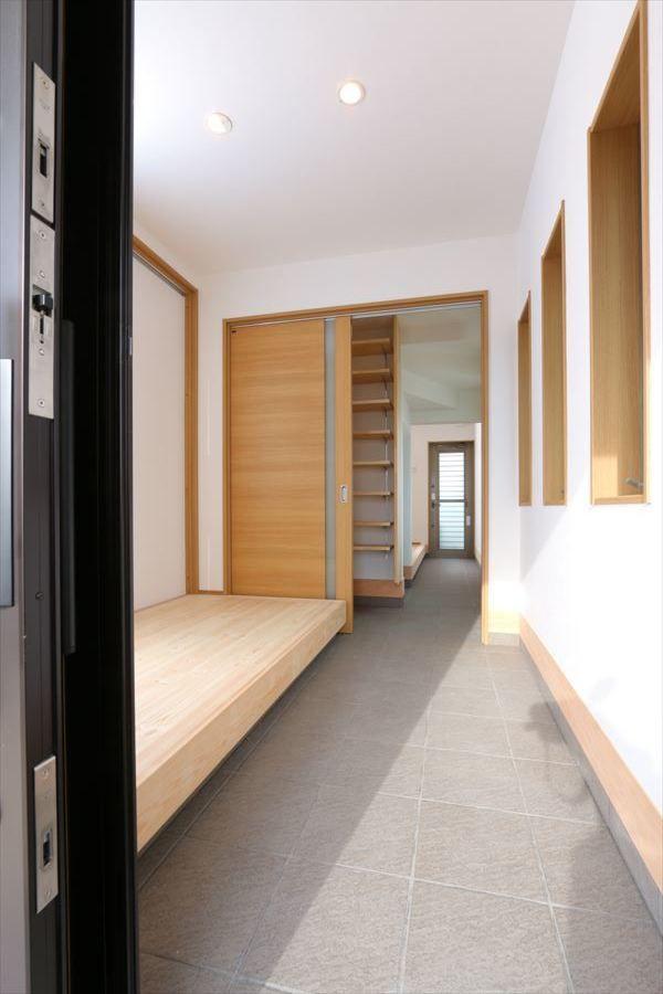 玄関 玄関ホール事例集 香川で自然素材の木の家 注文住宅を建てる