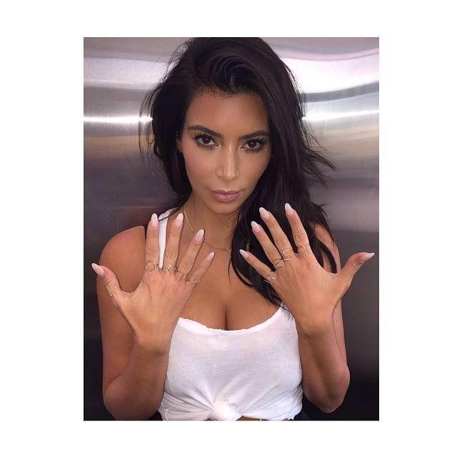 Natural Almond Nails Kim Kardashian Nails Kardashian Nails Khloe Kardashian Nails
