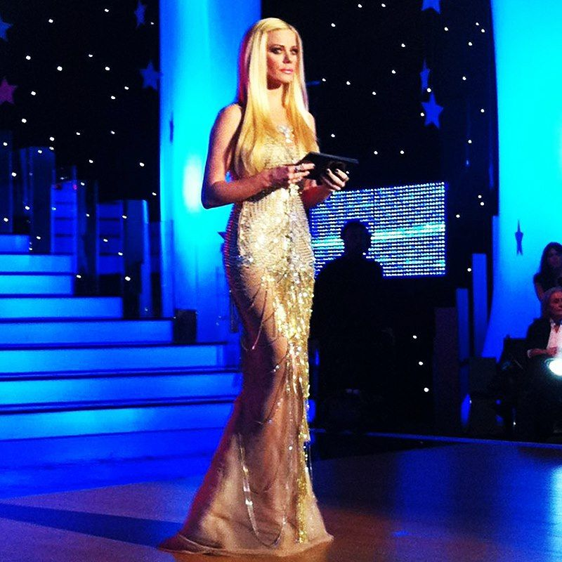 Tv Hosterss Of Dancing With The Stars Greece Zeta