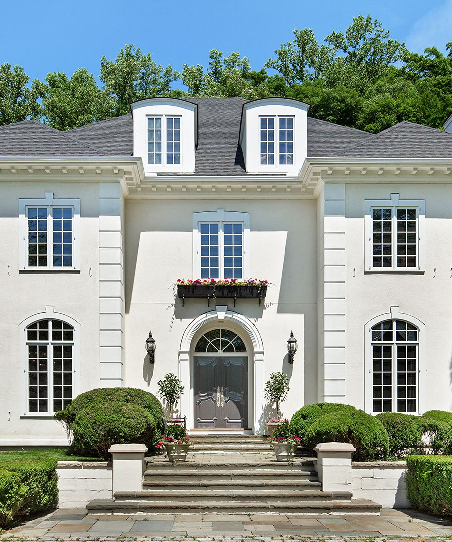Greenwich Ct Luxury Mansions: Step Inside A $15.3 Million Greenwich Estate