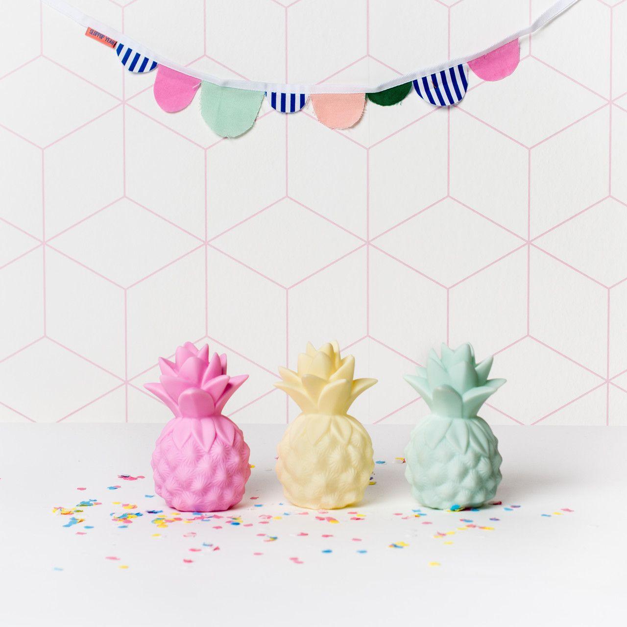 veilleuses ananas pastel pour chambre b b et enfant eef lillemore pastel pineapple night. Black Bedroom Furniture Sets. Home Design Ideas