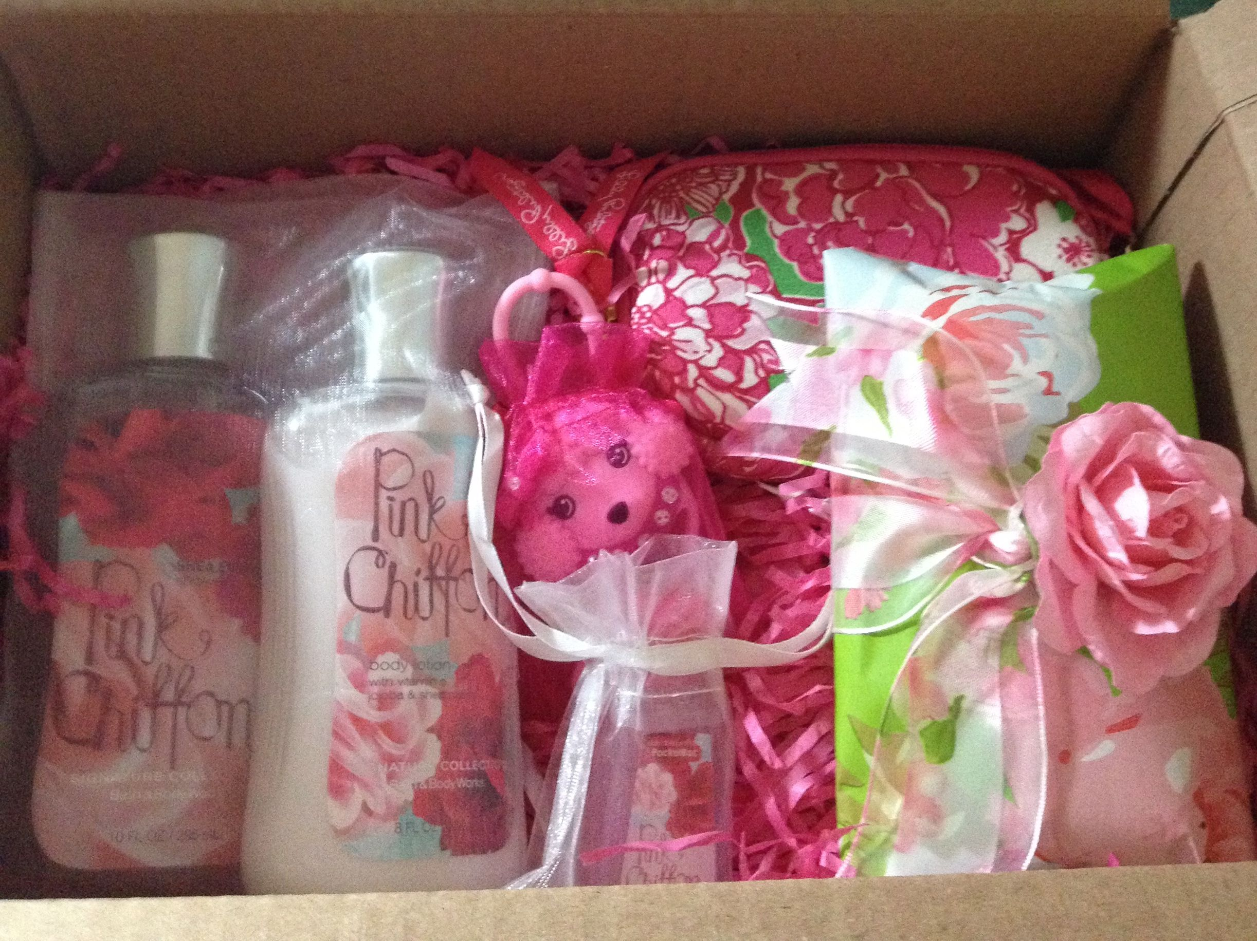 Cute gift idea for a Tween! @bathandbodyworks