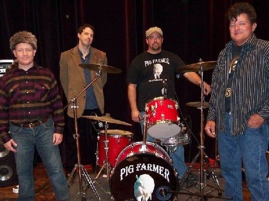 Check out Pig Farmer on ReverbNation - Americana Artist, Pig Farmer, based out of St. Joseph, MO, travels in support of their album projects. The current show offers original compositions along side a large repertoire of Classics Country and Rock. Riding high in the Country music charts which you'll see at Spot On Events Direct website.