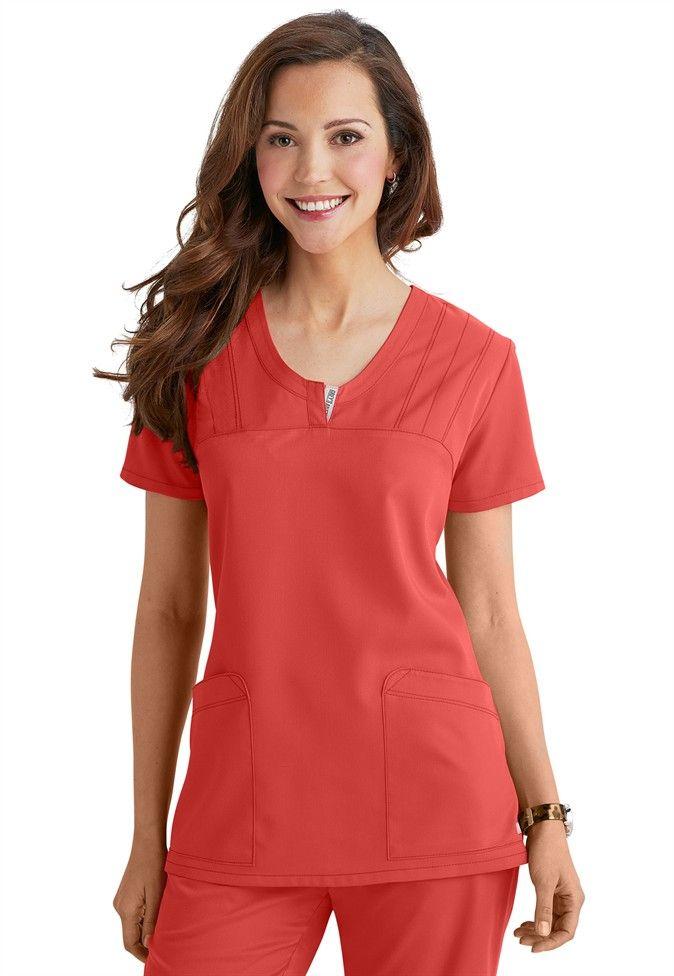 Greys Anatomy v-neck 2-pocket scrub top. | uniformes medicos ...
