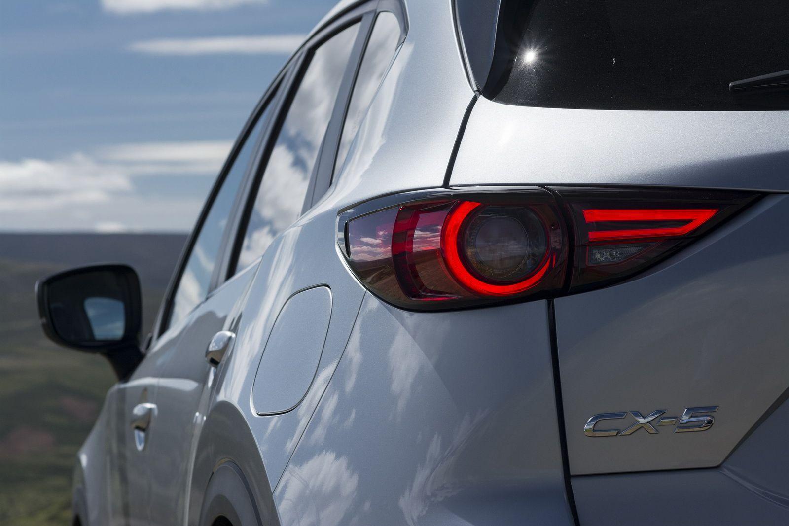 2017 Mazda Cx 5 Priced From 23 695 In The Uk 46 Pics Carscoops Mazda Mazda Cx5 Luxury Suv