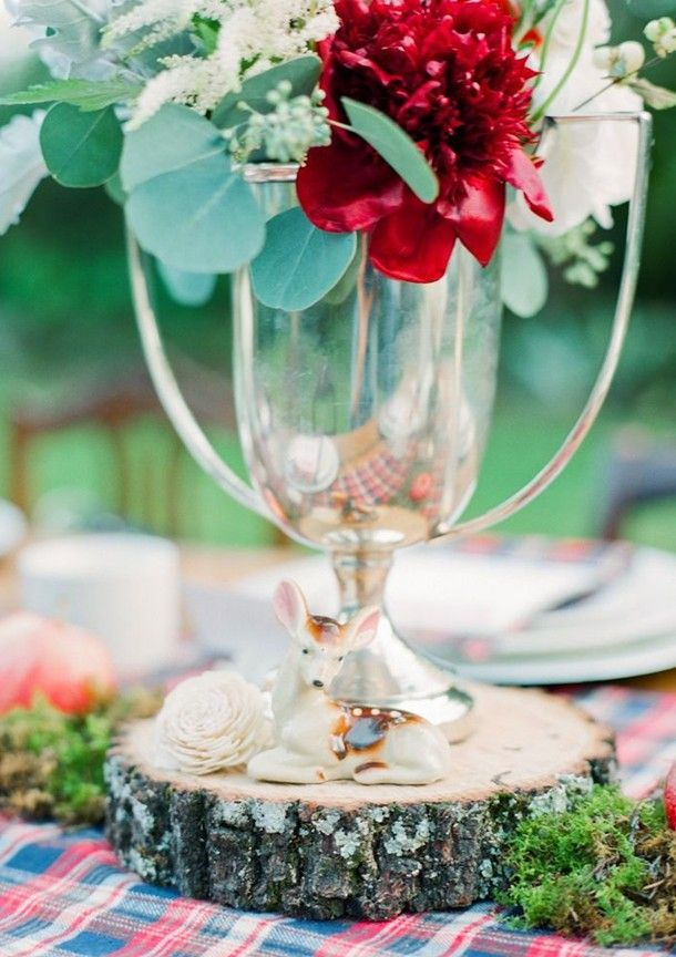 March Wedding Gl Centerpiece Deer Table Spring Red Flower Decor Www Loveitsomuch