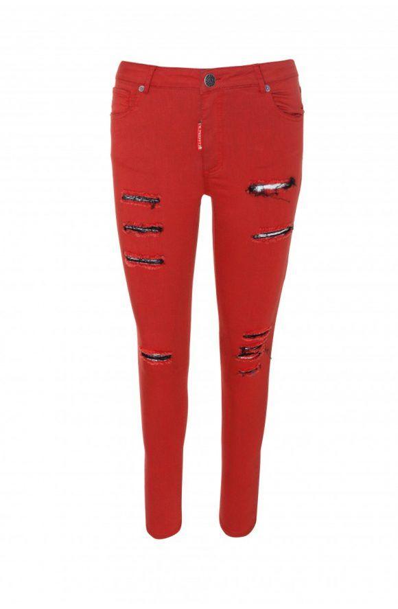 Photo of 😍 En #MaribelFernández tenemos disponible este #pantalón rotos #rojo de #Hi…
