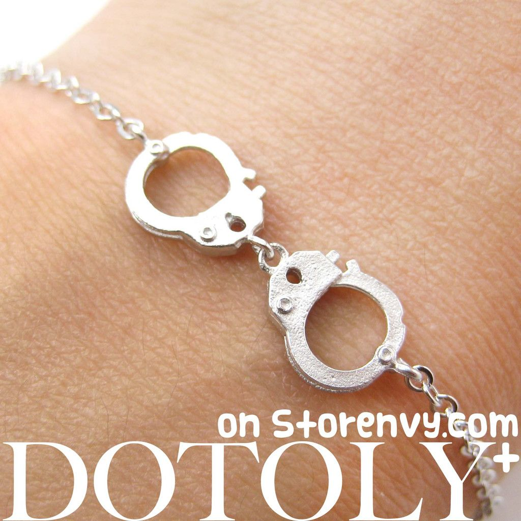detailed-handcuff-cuff-bracelet-in-silver