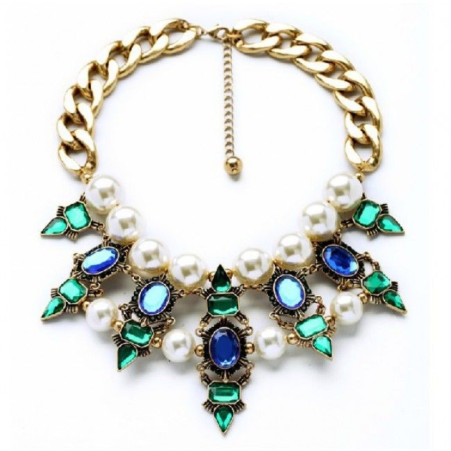 Keep jewelry away from water http://youblue.co/vintage-big-pearl-necklace.html