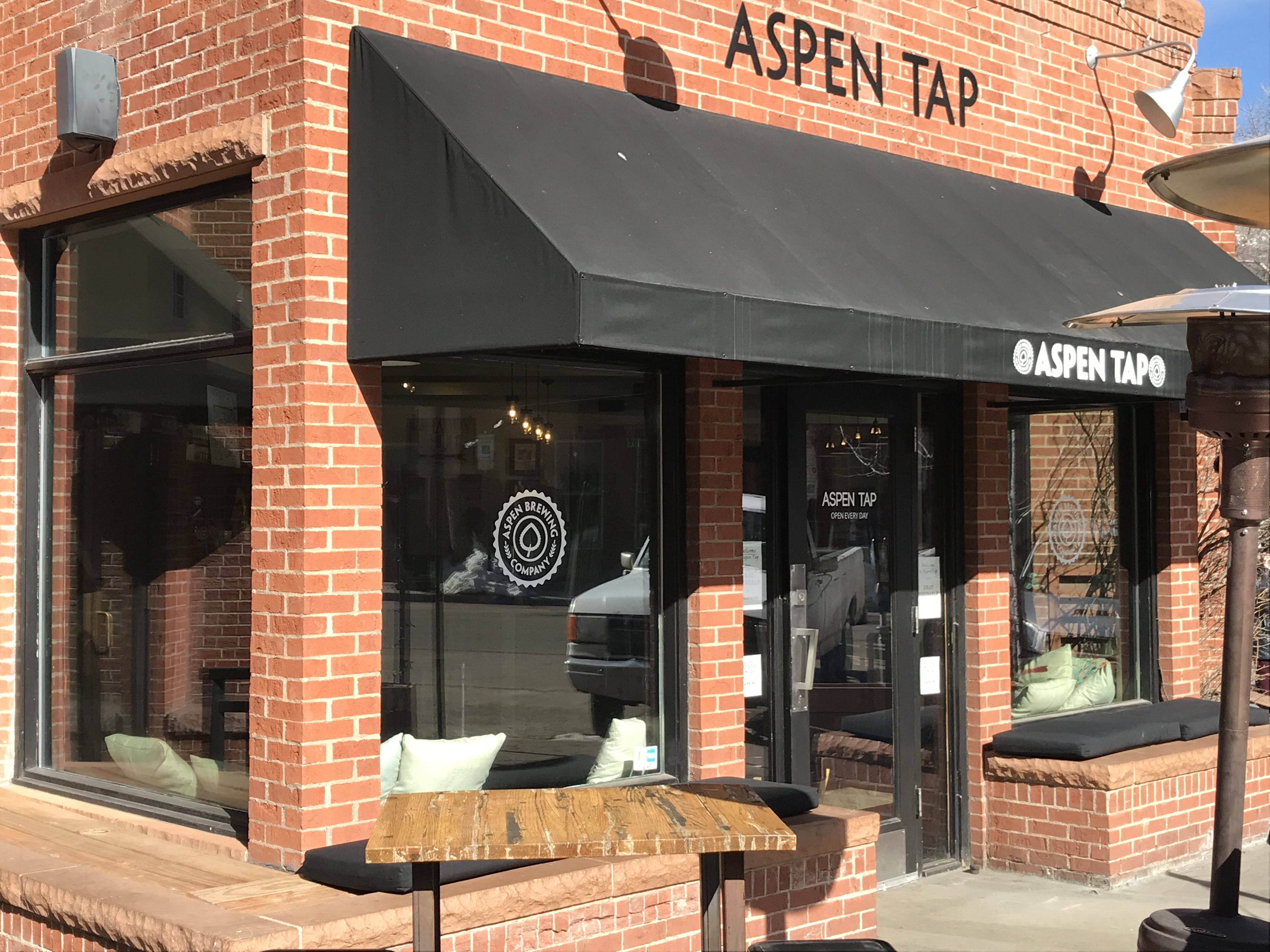 Aspen Tap This Is Aspen Brewing Company S Expanded Tasting Room And Restaurant It Is Located At 121 S Galena St With Great Aspen Aspen Snowmass Spring Cafe